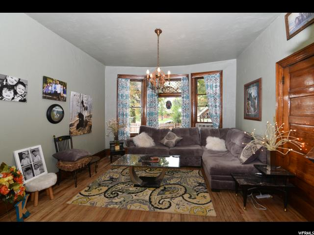 Additional photo for property listing at 633 W 500 N 633 W 500 N Salt Lake City, Utah 84116 United States