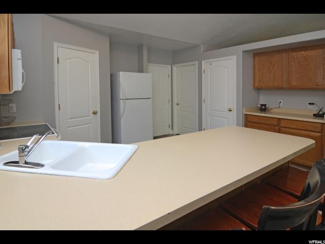 Additional photo for property listing at 109 N 975 W 109 N 975 W Layton, 犹他州 84041 美国