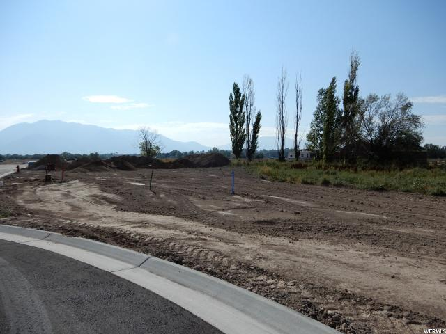 Additional photo for property listing at 2641 W 3375 S 2641 W 3375 S West Haven, Utah 84401 United States