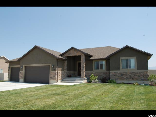 Single Family للـ Sale في 553 S GOLD DUST Road 553 S GOLD DUST Road Grantsville, Utah 84029 United States