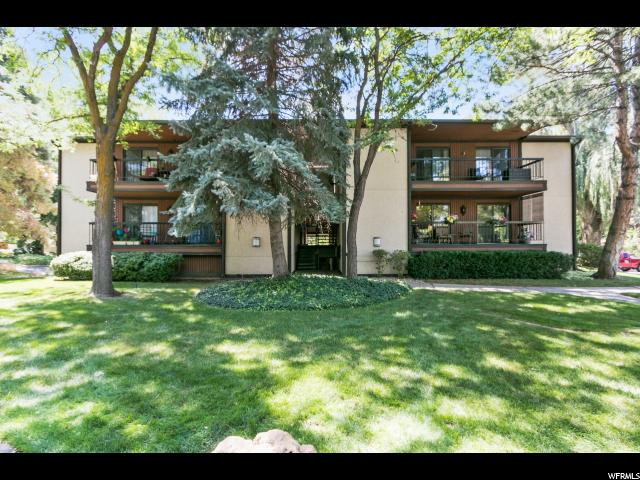 Condominium for Sale at 5520 S SPRINGTREE Lane 5520 S SPRINGTREE Lane Unit: G9 Murray, Utah 84121 United States