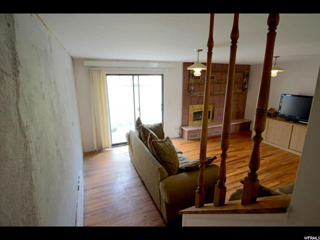 Additional photo for property listing at 529 E 400 S  森特维尔, 犹他州 84014 美国