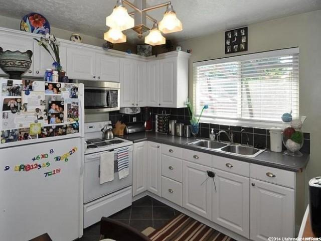Additional photo for property listing at 3630 S CHRISTINE  Millcreek, 犹他州 84106 美国