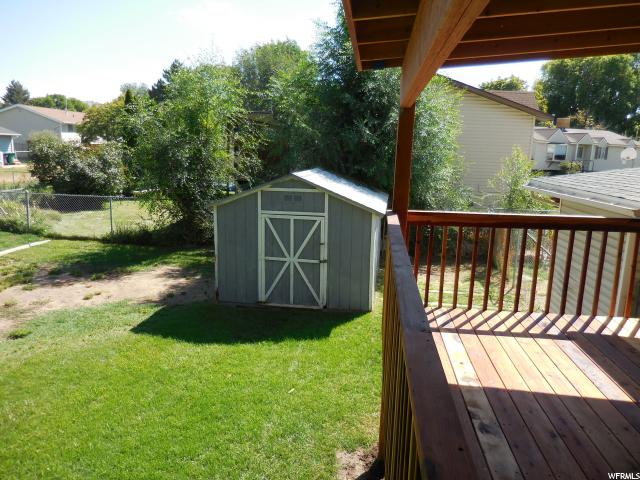 Additional photo for property listing at 868 W 2650 N  Clinton, Utah 84015 United States