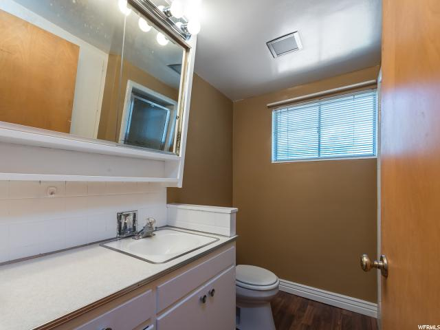 Additional photo for property listing at 176 E 200 S 176 E 200 S Spanish Fork, Utah 84660 États-Unis