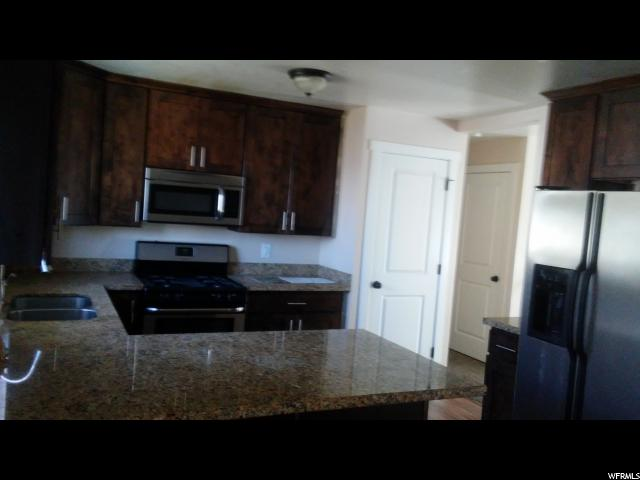 Additional photo for property listing at 5415 S HEW WOODS Drive 5415 S HEW WOODS Drive Taylorsville, Юта 84118 Соединенные Штаты