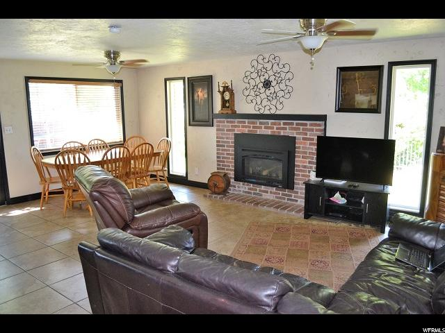 Additional photo for property listing at 533 E WRIGHT WAY  Tremonton, 犹他州 84337 美国