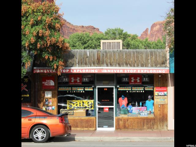 Additional photo for property listing at 90 S MAIN Street 90 S MAIN Street Moab, Utah 84532 États-Unis