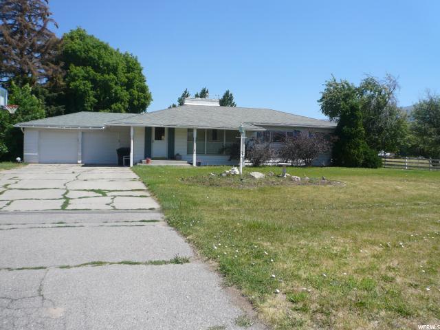 单亲家庭 为 销售 在 661 E 100 S Hyrum, 犹他州 84319 美国
