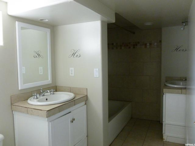 Additional photo for property listing at 105 S 500 E  Nephi, 犹他州 84648 美国