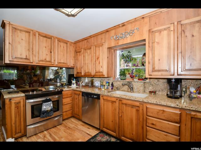 Additional photo for property listing at 2336 E 3395 S  Salt Lake City, Utah 84109 États-Unis