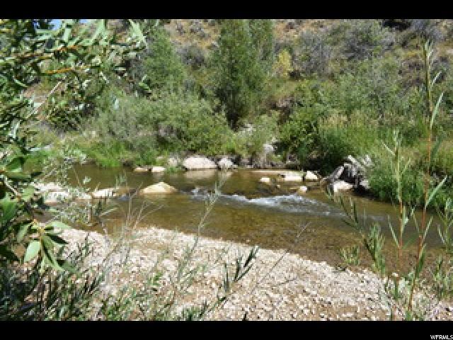 Terreno por un Venta en 1870 E CHALK CREEK Road 1870 E CHALK CREEK Road Coalville, Utah 84017 Estados Unidos
