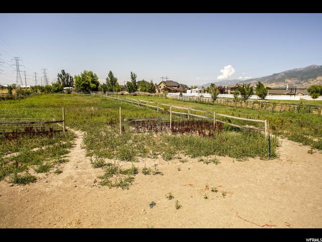 Additional photo for property listing at 234 S 1800 W 234 S 1800 W Farmington, Utah 84025 United States