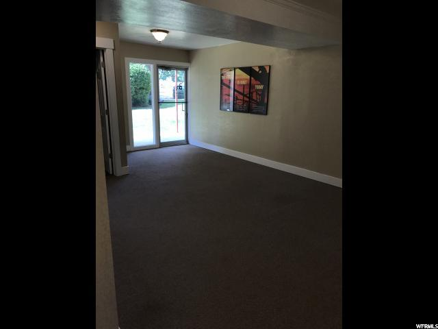 Additional photo for property listing at 561 OREM Boulevard 561 OREM Boulevard Unit: M2 Orem, Utah 84058 États-Unis