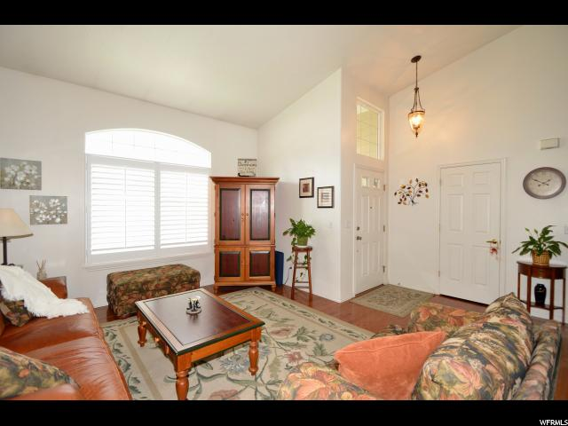 Additional photo for property listing at 1053 W TURNBERRY 1053 W TURNBERRY Farmington, Utah 84025 États-Unis