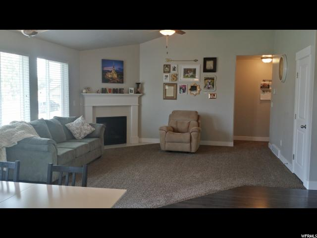 Additional photo for property listing at 1577 N 1450 W 1577 N 1450 W Clinton, 犹他州 84015 美国