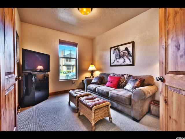 Additional photo for property listing at 1590 W REDSTONE Avenue 1590 W REDSTONE Avenue Unit: B Park City, Utah 84098 United States
