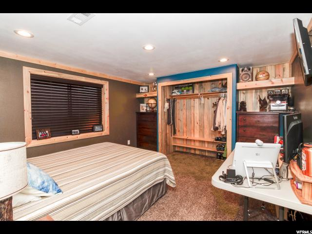 Additional photo for property listing at 2098 W 2575 S  Syracuse, Utah 84075 Estados Unidos