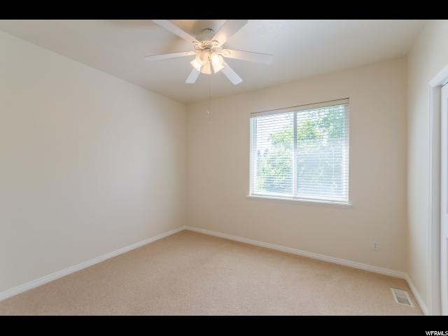 Additional photo for property listing at 274 E 8800 S 274 E 8800 S Paradise, Utah 84328 Estados Unidos