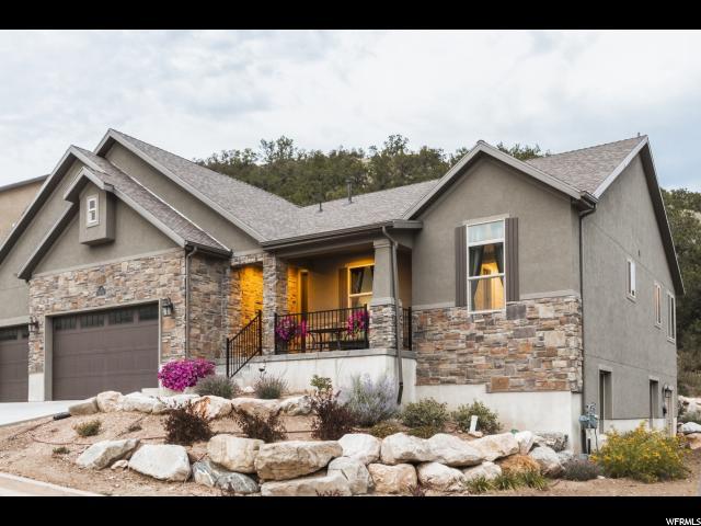 Unique la famille pour l Vente à 5974 N ROBINSON Lane Mountain Green, Utah 84050 États-Unis