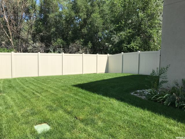 Additional photo for property listing at 4938 S RIVERSIDE Drive 4938 S RIVERSIDE Drive Murray, Utah 84123 États-Unis