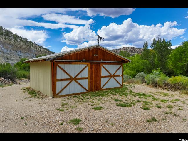 Additional photo for property listing at 37211 W STRAWBERRY RIVER Road 37211 W STRAWBERRY RIVER Road Duchesne, Utah 84021 États-Unis