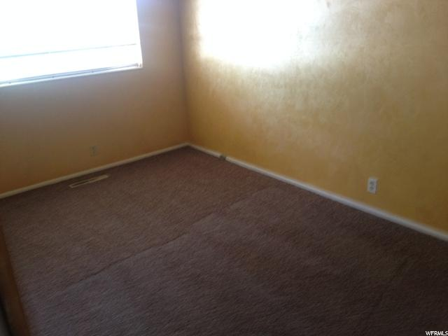 Additional photo for property listing at 79 S DALE Avenue 79 S DALE Avenue Unit: 17 Vernal, Utah 84078 Estados Unidos