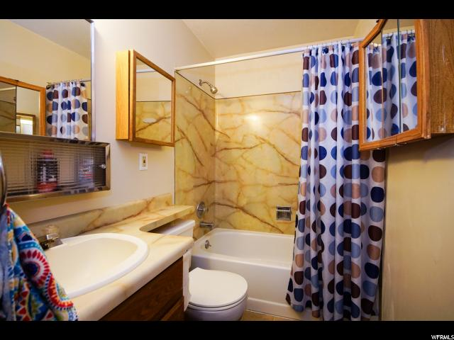 Additional photo for property listing at 5537 W SAGUARO Drive  West Jordan, Utah 84081 États-Unis