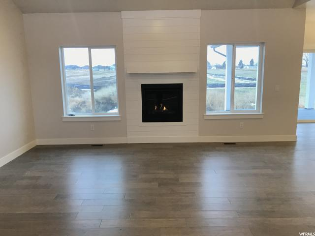 Additional photo for property listing at 5055 W 3500 S 5055 W 3500 S West Haven, Utah 84401 United States