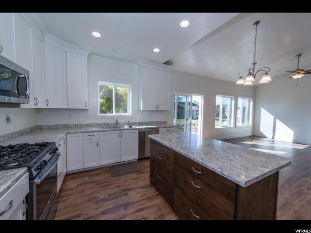 单亲家庭 为 销售 在 700 W 50 N 700 W 50 N Hyrum, 犹他州 84319 美国