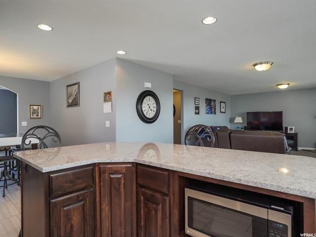 Additional photo for property listing at 1234 S 2800 W 1234 S 2800 W Syracuse, 犹他州 84075 美国