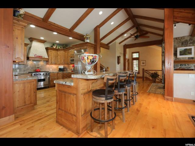 10227 S GRAYBOULDER CT Sandy, UT 84092 - MLS #: 1474015