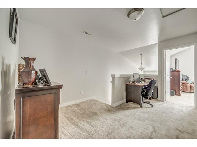 Additional photo for property listing at 5152 W STOCKFIELD Lane 5152 W STOCKFIELD Lane Herriman, 犹他州 84096 美国