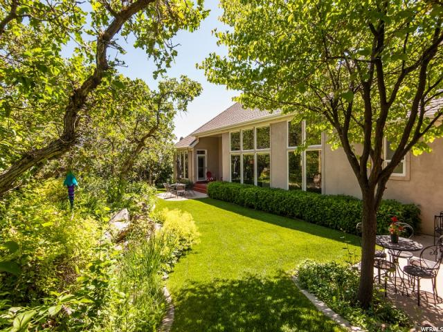 5592 SHADOW MOUNTAIN LN, Ogden UT 84403