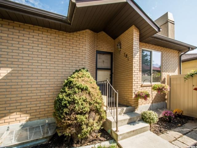 Appartement en copropriété pour l Vente à 761 E AUTUMN FIELD Sandy, Utah 84094 États-Unis