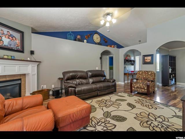 2118 E PINECONE RD Eagle Mountain, UT 84005 - MLS #: 1474141