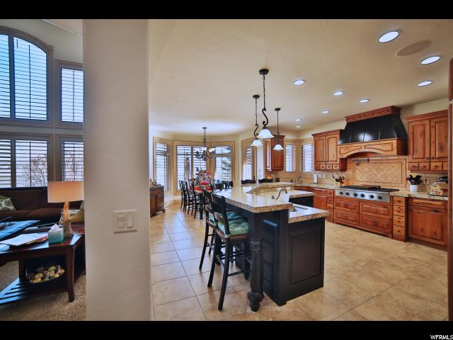 11175 S FARNSWORTH LN Sandy, UT 84070 - MLS #: 1474488