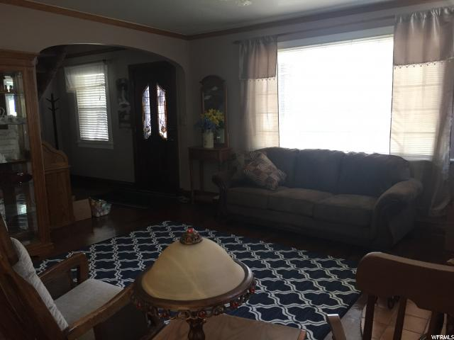 Additional photo for property listing at 160 S 200 W 160 S 200 W Tooele, 犹他州 84074 美国