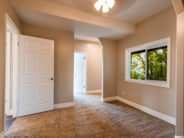 Additional photo for property listing at 211 N COVE Lane 211 N COVE Lane Layton, Юта 84040 Соединенные Штаты