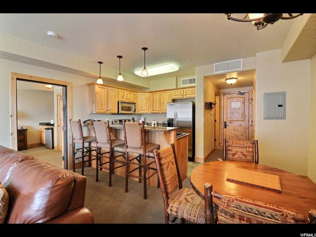 2669 CANYONS RESORT DR Unit 306, Park City UT 84098
