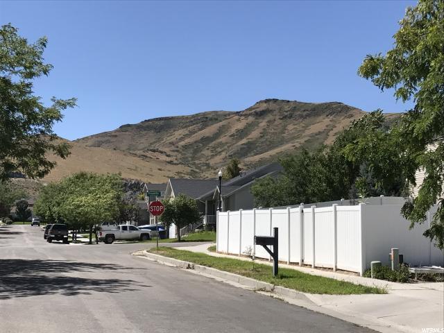 Additional photo for property listing at 13987 S CHARISMA 13987 S CHARISMA Herriman, Utah 84096 États-Unis