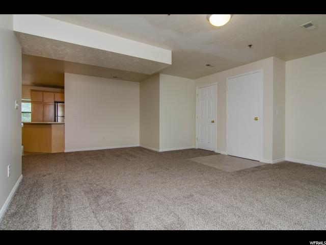 Additional photo for property listing at 960 E 100 S 960 E 100 S Unit: C3 Salt Lake City, Utah 84102 United States