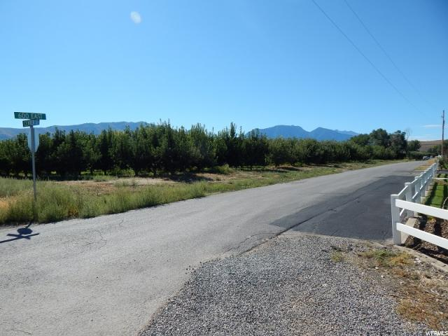 Additional photo for property listing at 37 S 600 E 37 S 600 E Genola, Utah 84655 Estados Unidos