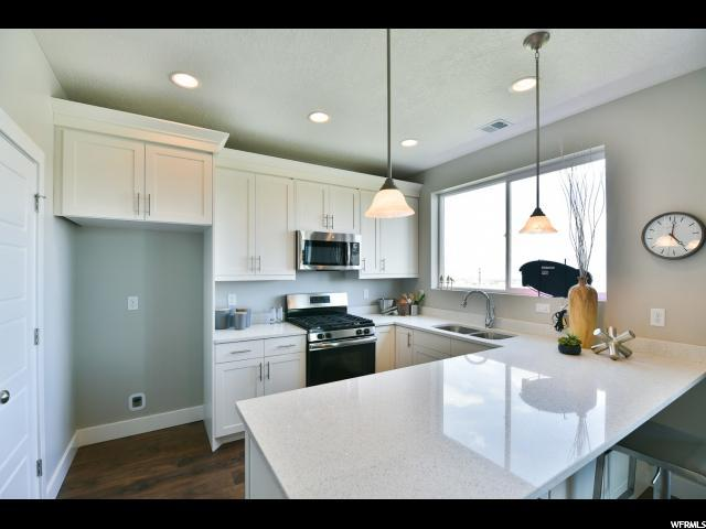 2336 S CHIP SHOT LOOP DR Unit 2D Saratoga Springs, UT 84045 - MLS #: 1474985