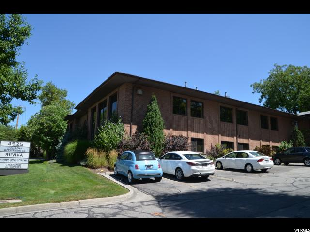 Additional photo for property listing at 4525 S 2300 E 4525 S 2300 E Unit: 100 Holladay, Utah 84117 United States