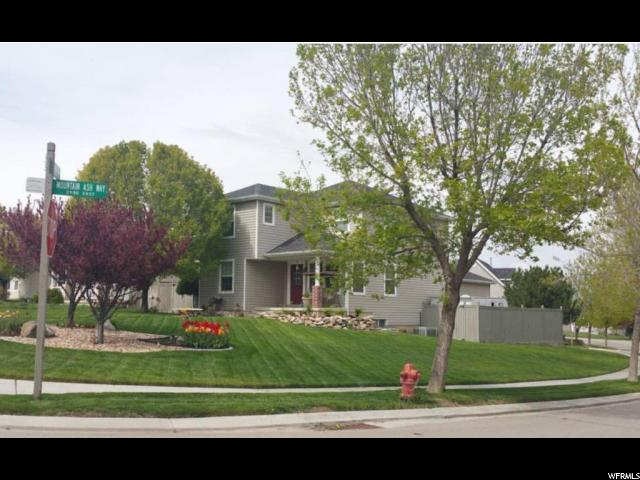 Single Family for Sale at 2907 E RUBY VALLEY Drive 2907 E RUBY VALLEY Drive Eagle Mountain, Utah 84005 United States