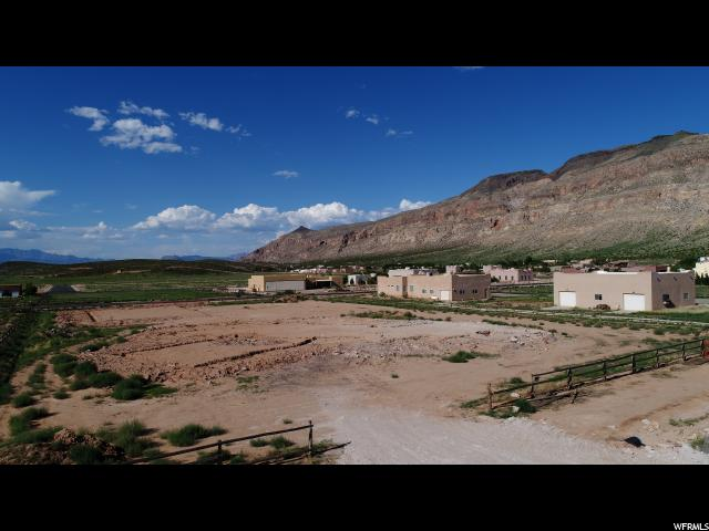 Additional photo for property listing at 1356 W 4500 S 1356 W 4500 S Hurricane, Utah 84737 États-Unis