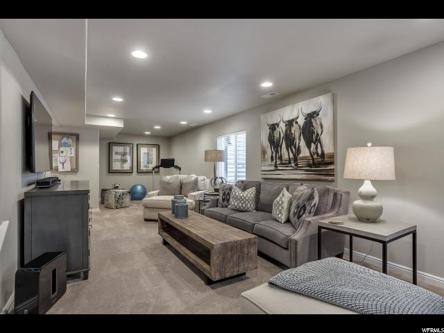 11754 S PALE MOON LN South Jordan, UT 84095 - MLS #: 1475430