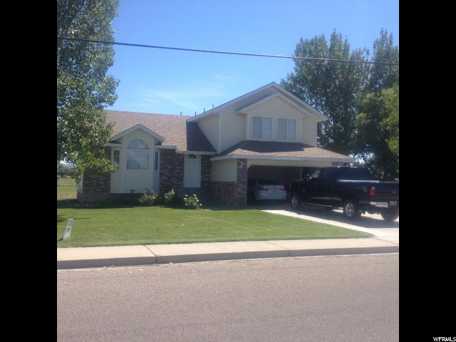 Additional photo for property listing at 890 N LONG Street 890 N LONG Street Green River, Utah 84525 United States