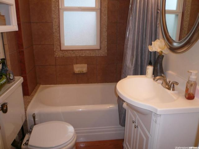 Additional photo for property listing at 217 W 100 N 217 W 100 N Smithfield, 犹他州 84335 美国